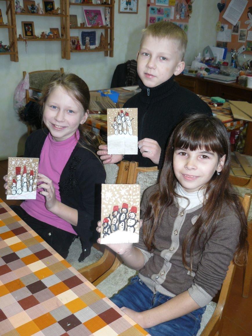 Много рисуют и с удовольствием. Узнали, как дела у победителей детского конкурса рисунка на Gorod214.by, фото-6