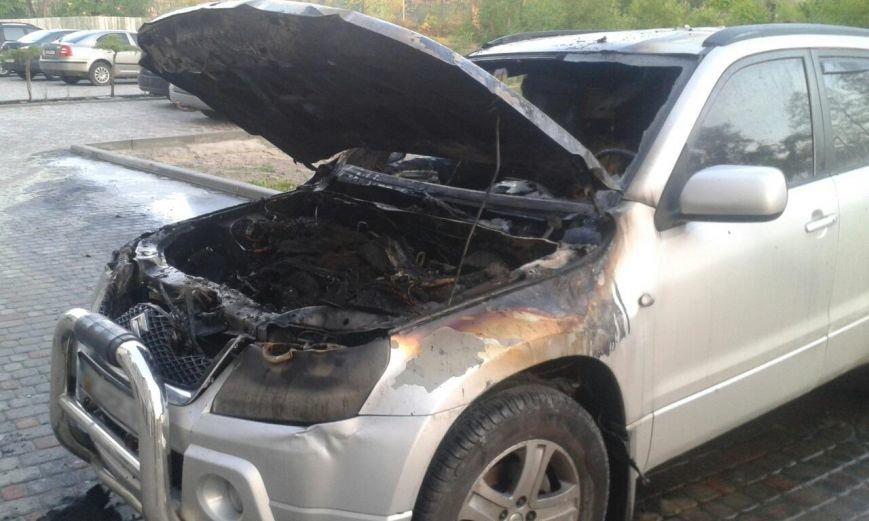 За ніч у Львові горіло чотири автомобіля (ФОТО), фото-1