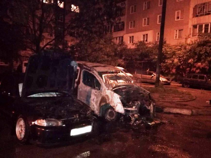 За ніч у Львові горіло чотири автомобіля (ФОТО), фото-3
