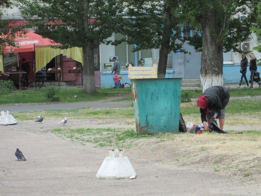 Життя на рубежі: Подорож до міст прифронтової зони у Луганську область, фото-8