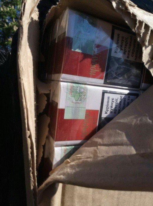 """Из """"ДНР"""" на подконтрольную Украине территорию пытались вывезти 14 тысяч пачек контрафактных сигарет (ФОТО), фото-2"""