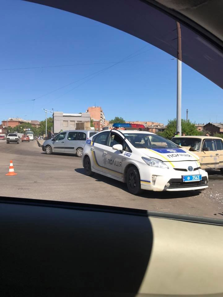 """В Харькове """"Prius"""" патрульной полиции попал в ДТП (ФОТО), фото-1"""