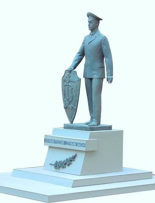 Из-за памятника полицейскому в Ульяновске ограничат движение, фото-1