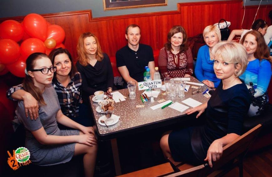 Торты, сюрпризы и поздравления: как Pub Quiz отметил День рождения. ФОТО, фото-1
