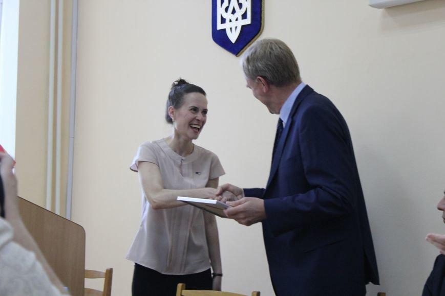 Представительство ЕС в Украине помогало найти работу мариупольским студентам (ФОТО), фото-4