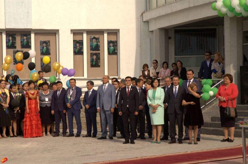 Назарбаев Интеллектуальная Школа проводила своих первых выпускников, фото-3