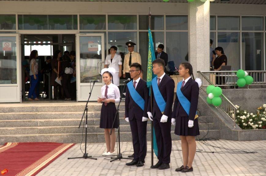 Назарбаев Интеллектуальная Школа проводила своих первых выпускников, фото-2
