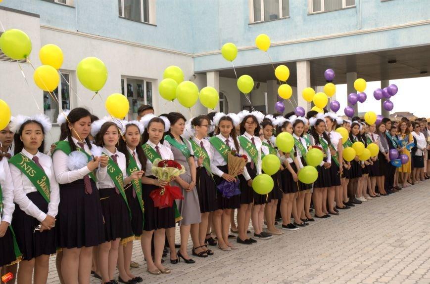 Назарбаев Интеллектуальная Школа проводила своих первых выпускников, фото-5