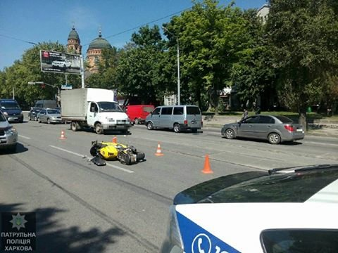 В Харькове мотоциклист попал в больницу из-за пешехода (ФОТО), фото-1