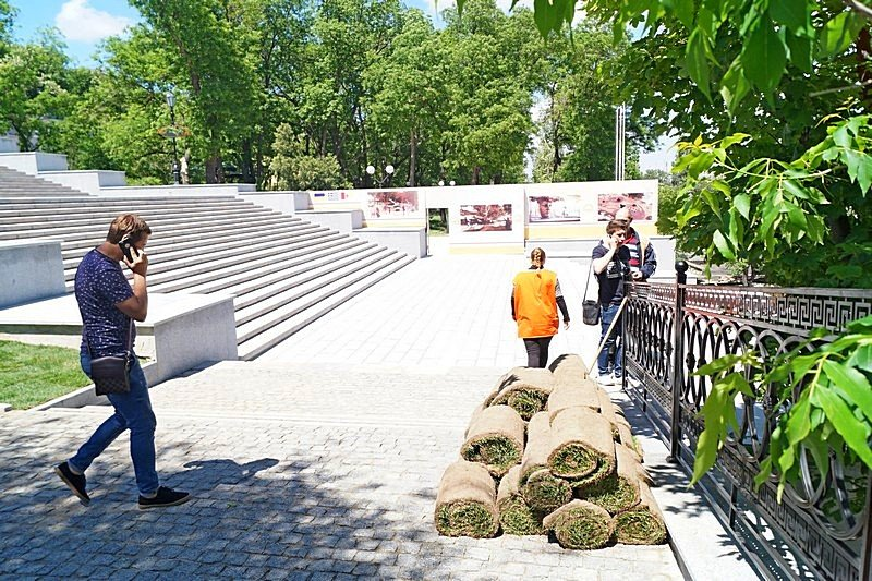 Готовность номер один: что происходит на Потемкинской лестнице перед визитом верховного главнокомандующего (ФОТО), фото-13