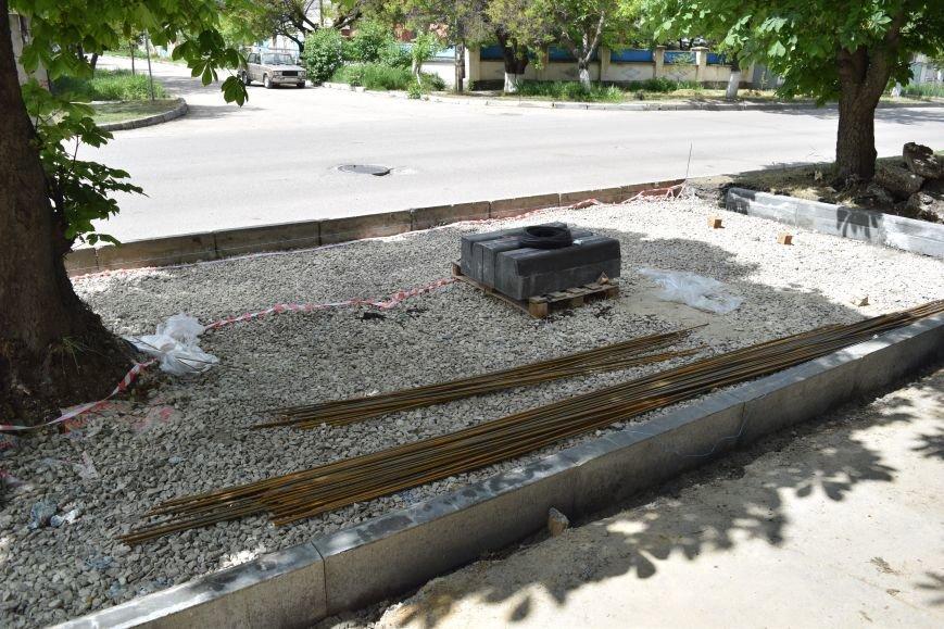 В Симферополе остановили строительство парковки на ул. Дм. Ульянова (ФОТО), фото-1