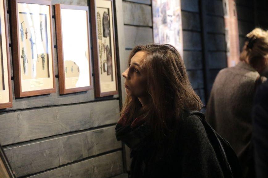 У Львові відкрили виставку, на якій можна побачити антирелігійні радянські плакати: фоторепортаж, фото-9