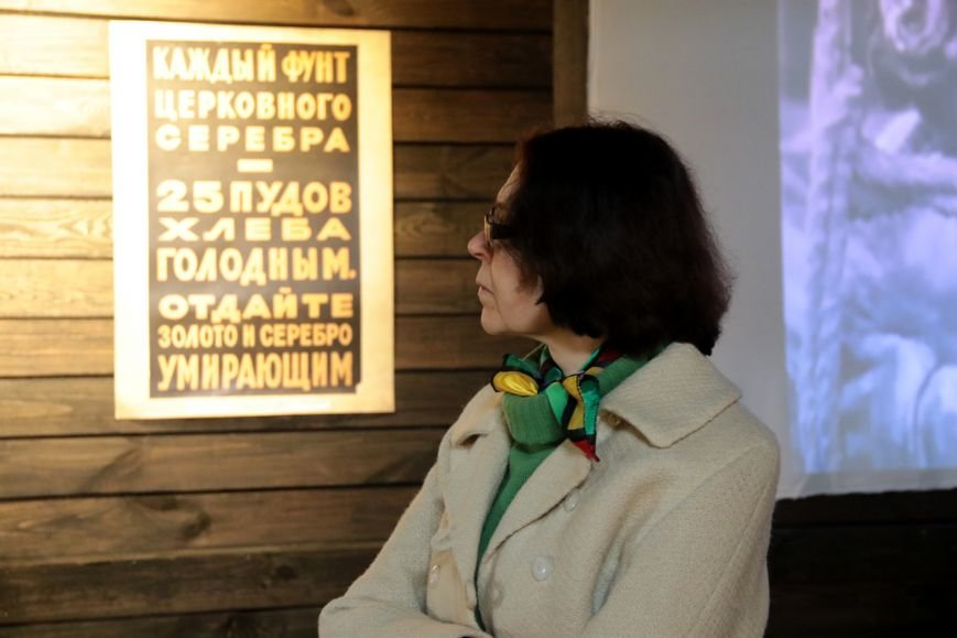 У Львові відкрили виставку, на якій можна побачити антирелігійні радянські плакати: фоторепортаж, фото-6