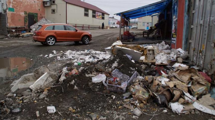 Жители Петропавловска жалуются властям на антисанитарию базы на 8 км, фото-4