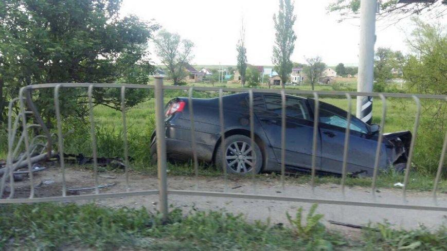 Под Симферополем на трассе столкнулись две иномарки (ФОТО), фото-1