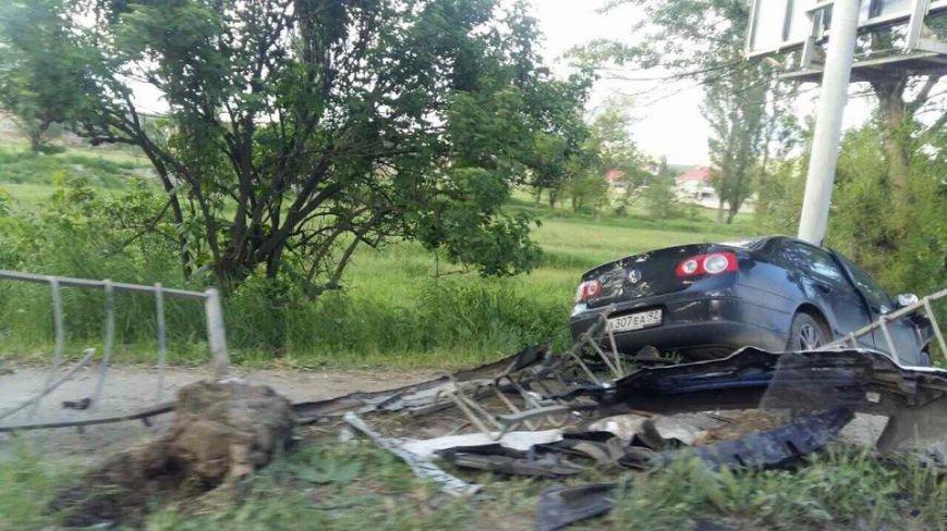 Под Симферополем на трассе столкнулись две иномарки (ФОТО), фото-2