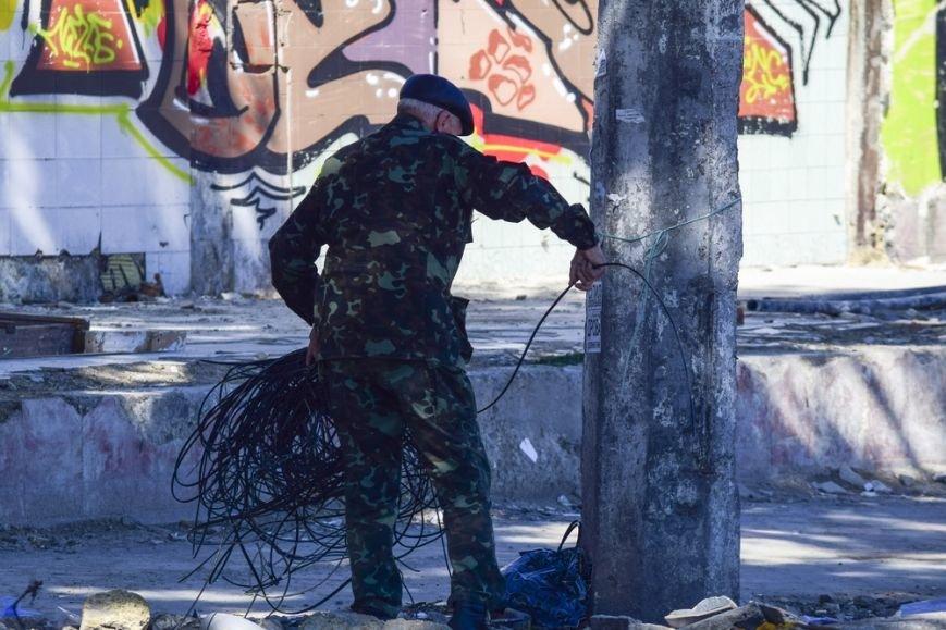 Территорию возле Центрального рынка Симферополя начали благоустраивать (ФОТО), фото-3