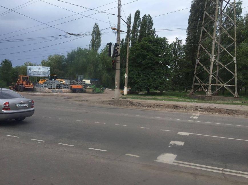 Мэр проверил, как идет ремонт дороги в Кривом Роге, на которую область выделила 65 миллионов (ФОТО), фото-24