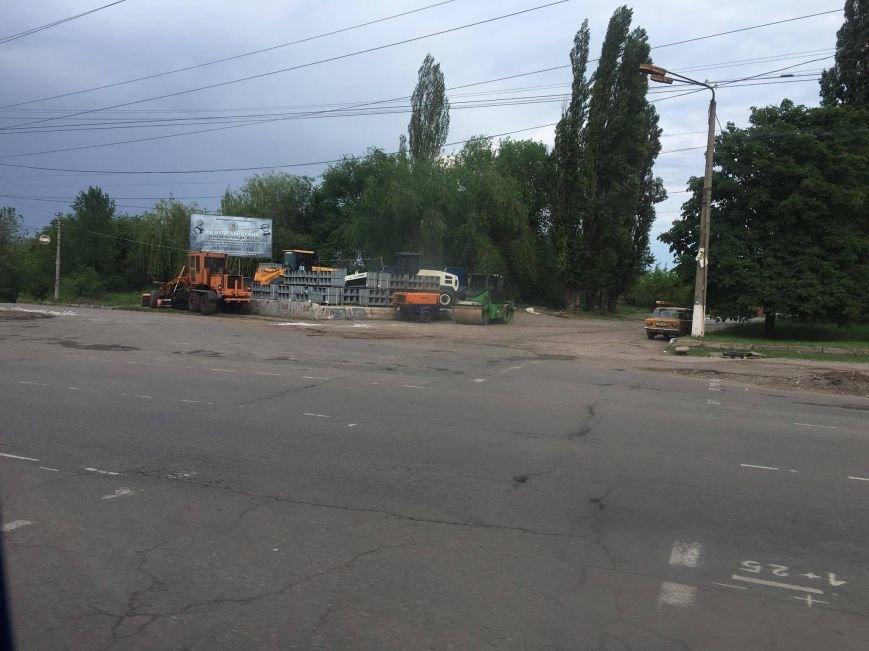 Мэр проверил, как идет ремонт дороги в Кривом Роге, на которую область выделила 65 миллионов (ФОТО), фото-23