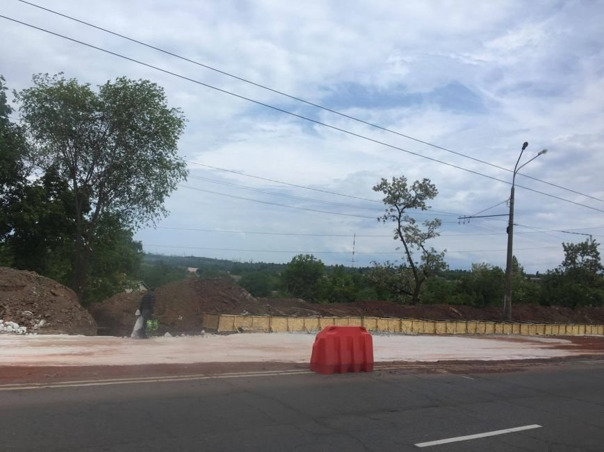 Мэр проверил, как идет ремонт дороги в Кривом Роге, на которую область выделила 65 миллионов (ФОТО), фото-2