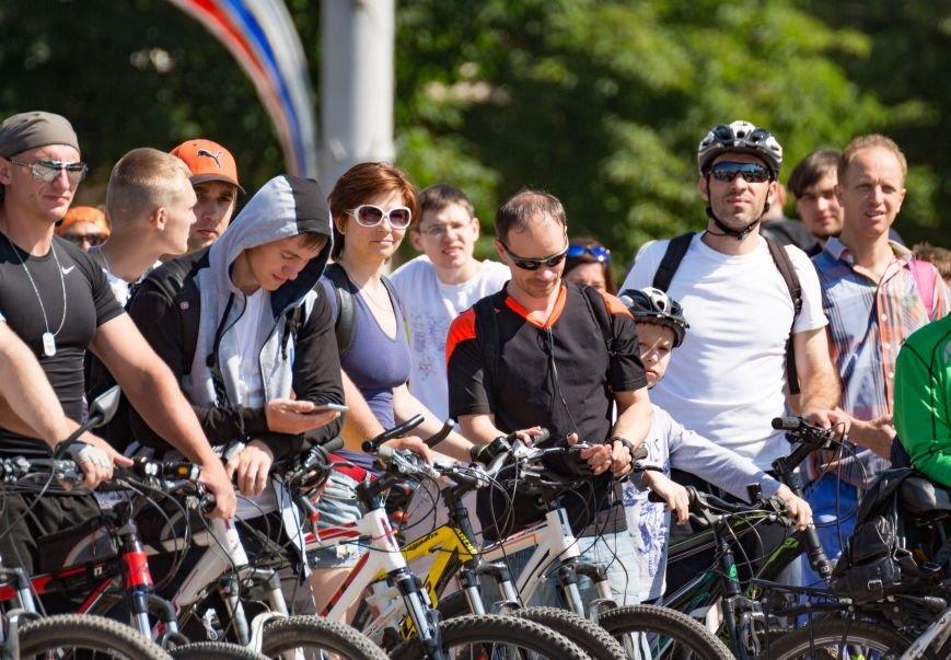 Велопарад собрал в центре Симферополя несколько сотен участников от мала до велика (ФОТО, ВИДЕО), фото-3