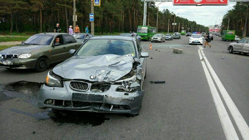 Разбитые авто и один пострадавший - ДТП на Салтовке (ФОТО), фото-2