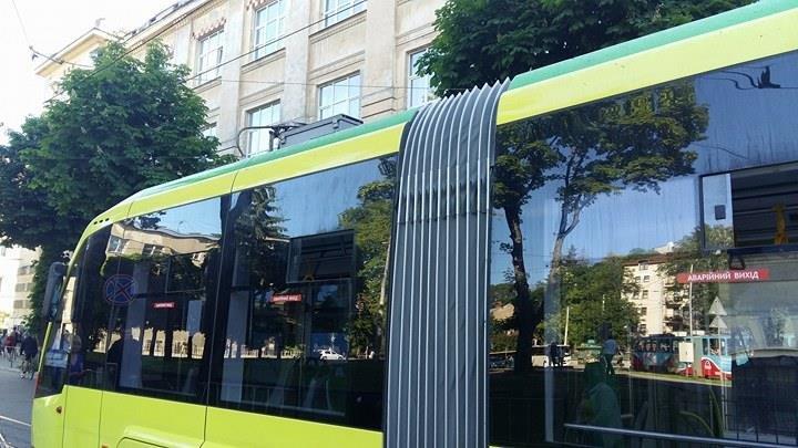 Зранку на Сихів знову не курсували трамваї (ФОТО), фото-2