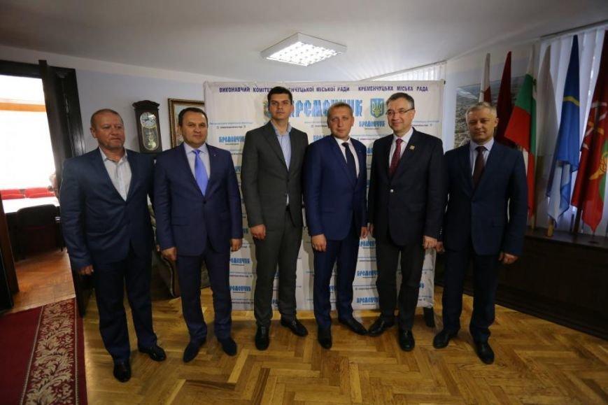 В Кременчуг прибыл Чрезвычайный и Полномочный Посол Канады в Украине (фото и видео), фото-4