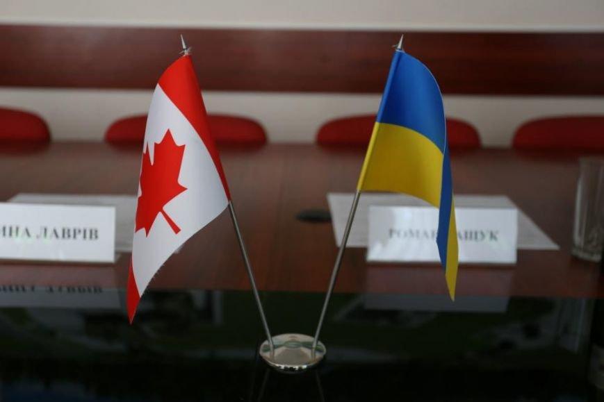 В Кременчуг прибыл Чрезвычайный и Полномочный Посол Канады в Украине (фото и видео), фото-1