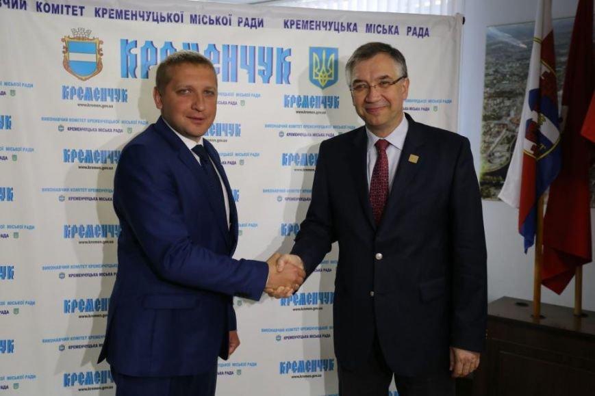 В Кременчуг прибыл Чрезвычайный и Полномочный Посол Канады в Украине (фото и видео), фото-5