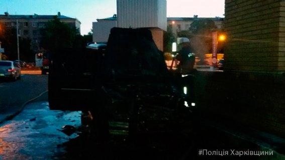 "На улице Отакара Яроша горел ""Mercedes-Gelandewagen"" (ФОТО), фото-2"