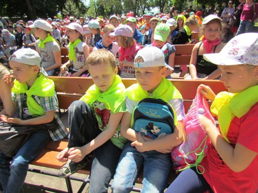 Мариупольцы сдали детей в лагеря (ФОТО, ВИДЕО), фото-9