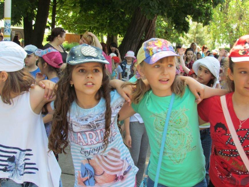 Мариупольцы сдали детей в лагеря (ФОТО, ВИДЕО), фото-6