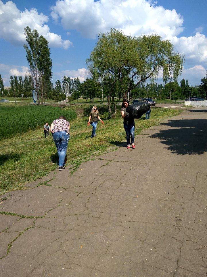 В Покровске провели очередной общегородской субботник, фото-1