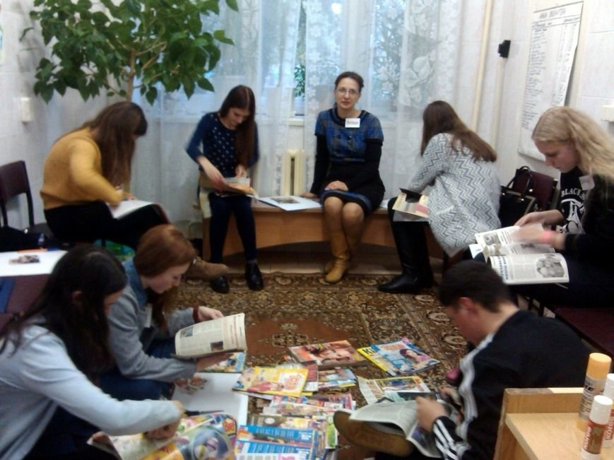 Как запустить «колесо жизни» и принять себя: в Новополоцке прошли тренинги для детей «Я в семье», фото-1