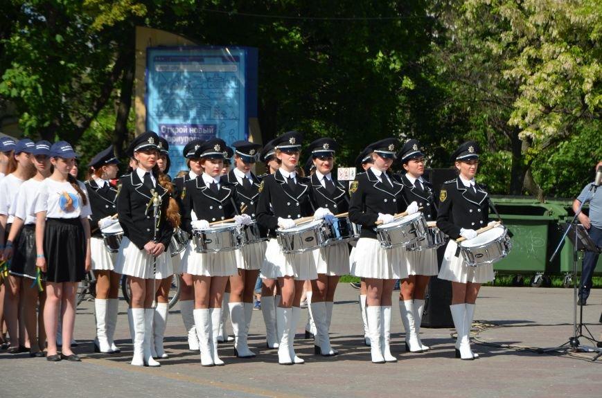 Год мариупольской полиции. Отмечали с оркестром, барабанщицами, Мустафой Найемом, но без мэра (ФОТО+ВИДЕО), фото-15