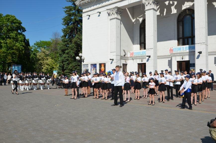 Год мариупольской полиции. Отмечали с оркестром, барабанщицами, Мустафой Найемом, но без мэра (ФОТО+ВИДЕО), фото-21