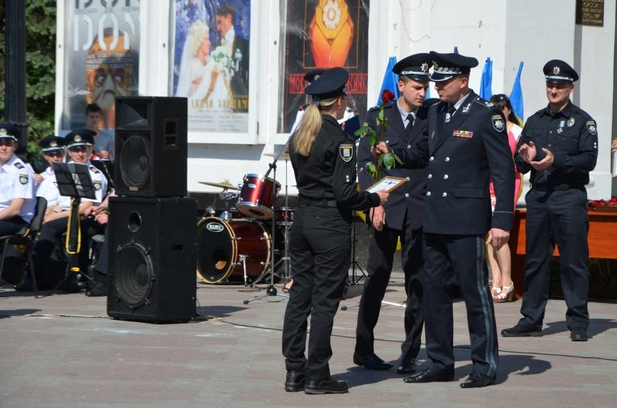 Год мариупольской полиции. Отмечали с оркестром, барабанщицами, Мустафой Найемом, но без мэра (ФОТО+ВИДЕО), фото-17