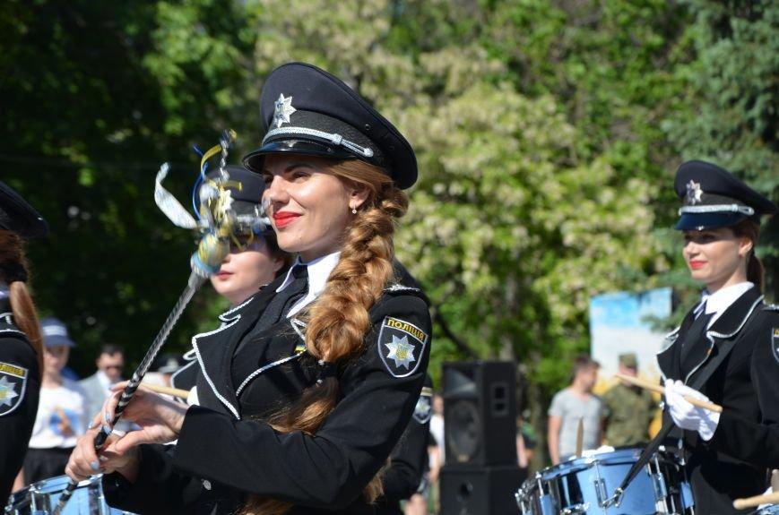 Год мариупольской полиции. Отмечали с оркестром, барабанщицами, Мустафой Найемом, но без мэра (ФОТО+ВИДЕО), фото-23