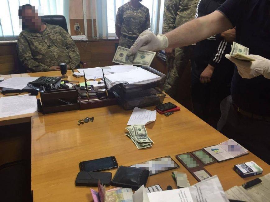 Военком попался на взятке в Харьковской области (ФОТО), фото-3