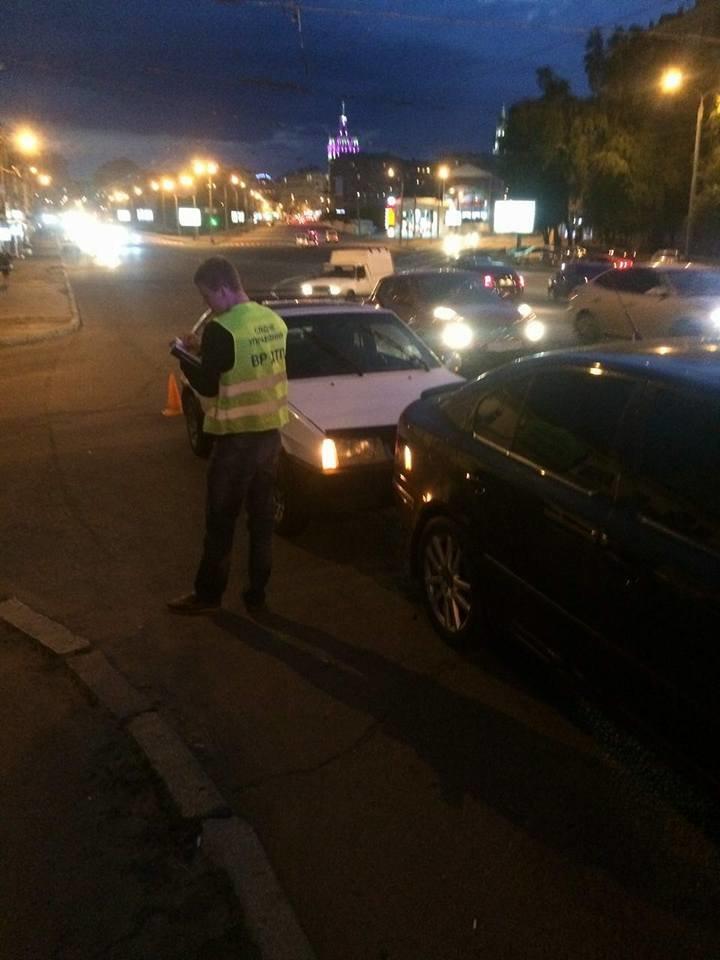Пешеход спровоцировал ДТП в Харькове: один пострадавший (ФОТО), фото-3