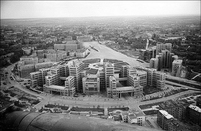 Кости мамонта, и жилище лошадей: как в Харькове строили первый советский небоскреб (ФОТО), фото-5