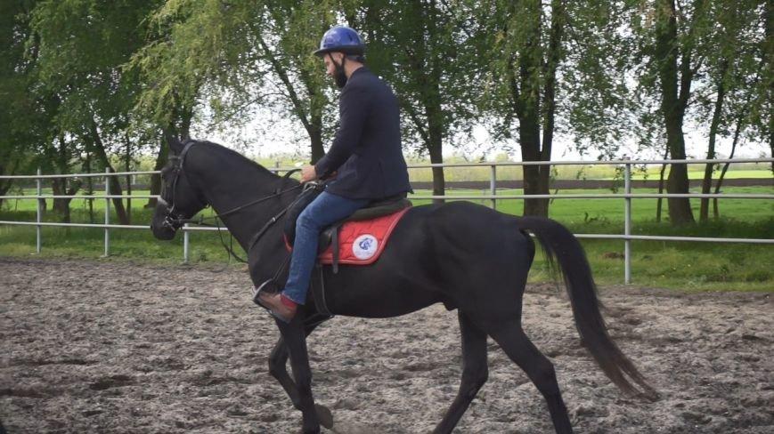#ХочувРостов: Артем Козлов впервые сел на лошадь, фото-8