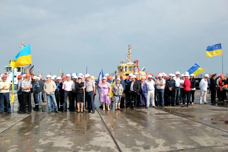 Премьер-министр заложил камень в погрузочный терминал в Мариупольском порту (ФОТО), фото-5