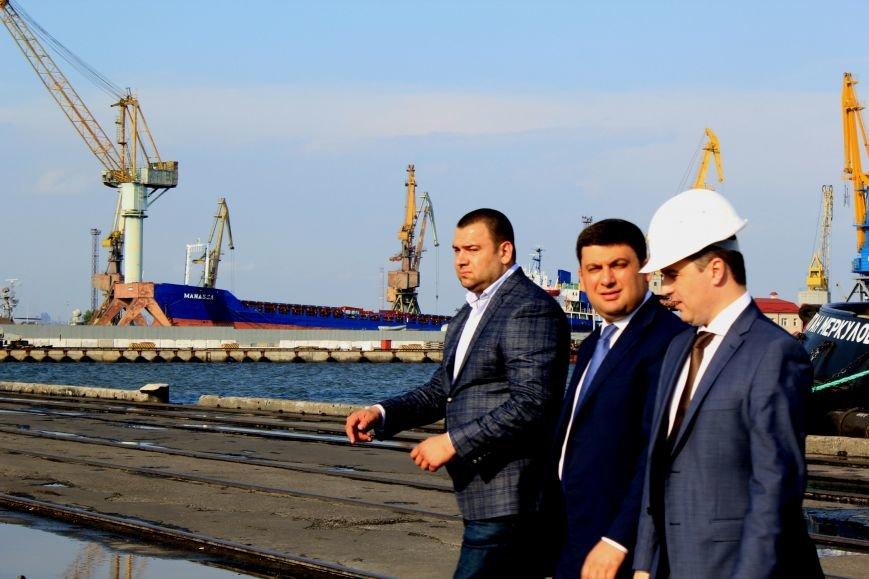 Премьер-министр заложил камень в погрузочный терминал в Мариупольском порту (ФОТО), фото-14