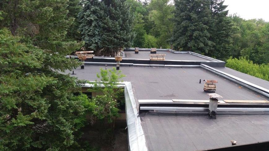 Разбитые окна и новая крыша: на запорожской Хортице бывшую VIP-дачу хотят превратить в учебный корпус академии, — ФОТОРЕПОРТАЖ, фото-11