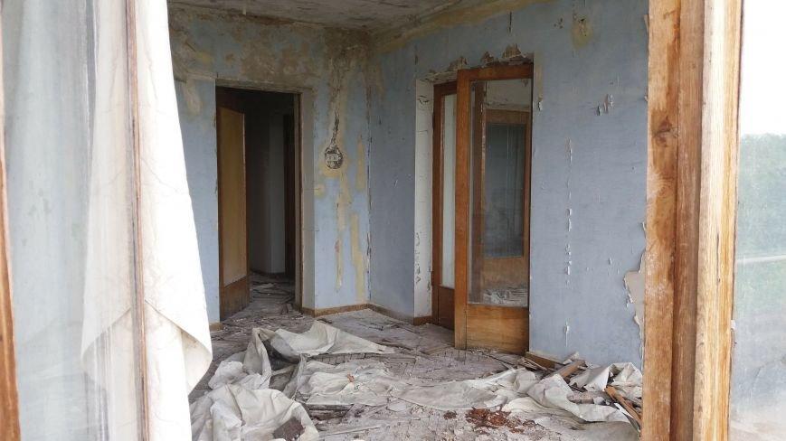 Разбитые окна и новая крыша: на запорожской Хортице бывшую VIP-дачу хотят превратить в учебный корпус академии, — ФОТОРЕПОРТАЖ, фото-6