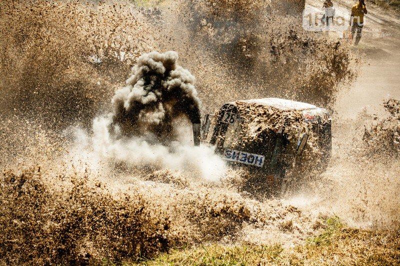 «Бизон-Трек-Шоу 2017»: лучшие моменты единственных в России гонок на тракторах, фото-9