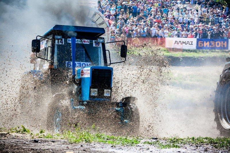 «Бизон-Трек-Шоу 2017»: лучшие моменты единственных в России гонок на тракторах, фото-2