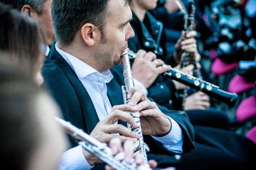 В Ростове прошел концерт на свежем воздухе в рамках проекта «Слушай только живое», фото-7